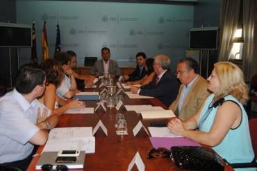 Tráfico y el Ayuntamiento de Ricote firman un convenio para el intercambio de información y de mutua colaboración administrativa