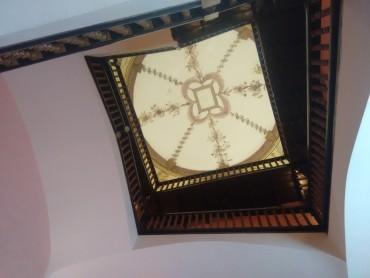 Nueva iluminación del palacio de Llamas