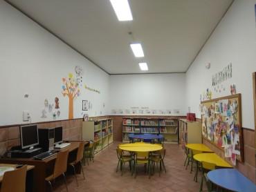 Nueva iluminación en la sala infantil del centro cultural