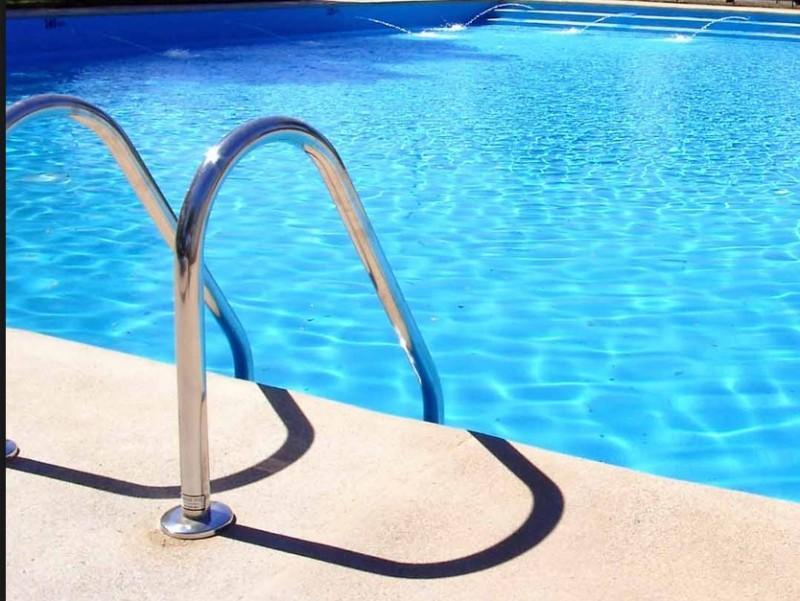 piscina-800x601