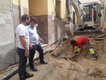 COMIENZO DE LAS OBRAS DE MEJORA Y SANEAMIENTO EN CALLE TERESA DE CALCUTA